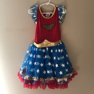 Wonder Woman costume size 5t with headpiece